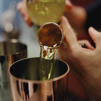 huile servit dans un verre